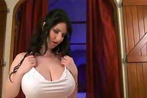 Beautiful Natural Tits Blowjob